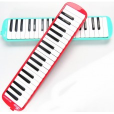 "Melodica ""Bee 37K"""